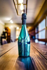 Liquid Gold Bubbles Ligth Blue
