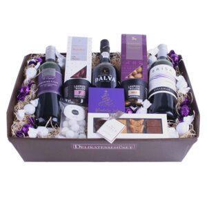 Julekurv - send en overdådig gavekurv med rødvin, portvin og chokolade